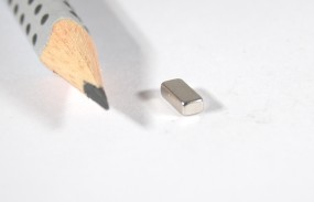 Aimant 7x3x2mm
